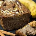 Chiazaad  en bananenbrood ontbijt