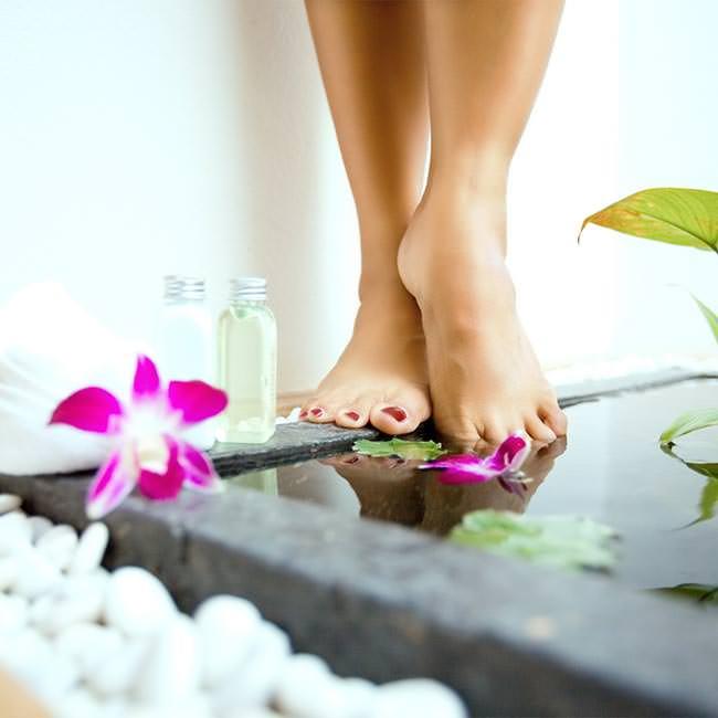 Hur du kan avgifta kroppen genom fötterna